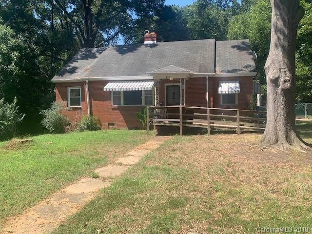 3519 Mathis Drive, Charlotte, NC 28208 (#3547565) :: Homes Charlotte