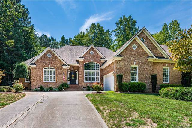 153 Shipyard Pointe Road, Mooresville, NC 28117 (#3547774) :: Besecker Homes Team
