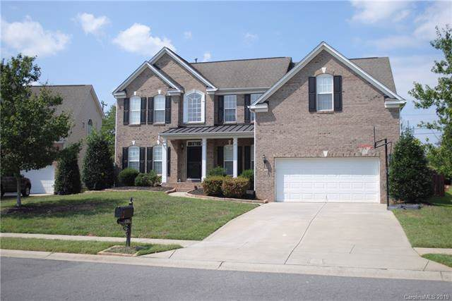4208 Mccamey Drive, Matthews, NC 28104 (#3548043) :: Charlotte Home Experts