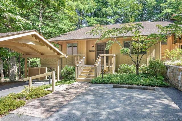 202 Water Oak Lane, Hendersonville, NC 28791 (#3548085) :: Washburn Real Estate