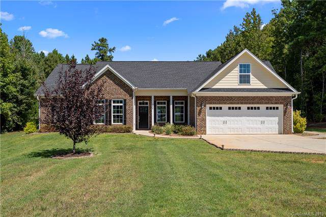 3024 Glenmoor Road, York, SC 29745 (#3548096) :: Team Honeycutt