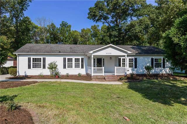 6300 Cambridge Drive, Harrisburg, NC 28075 (#3548124) :: Charlotte Home Experts