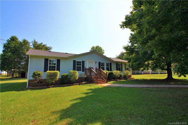 5840 Scotland Yard Road, Rock Hill, SC 29732 (#3548138) :: Stephen Cooley Real Estate Group