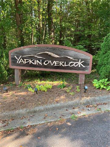 1668 & 1672 Valley Court, Lenoir, NC 28645 (#3548271) :: Mossy Oak Properties Land and Luxury