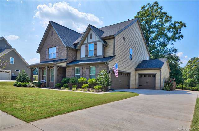 6426 Myston Lane, Huntersville, NC 28078 (#3548290) :: Rinehart Realty