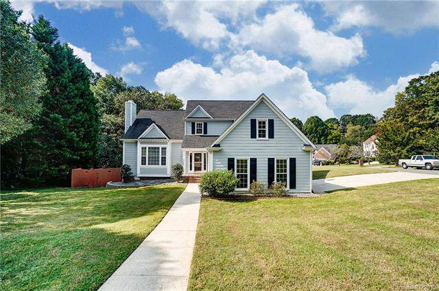 2502 Annecy Drive, Matthews, NC 28105 (#3548396) :: Charlotte Home Experts