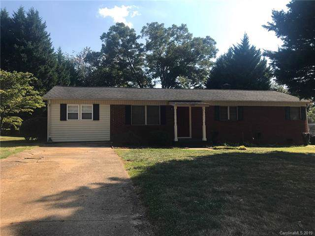 1240 27th Avenue, Hickory, NC 28601 (#3548554) :: Besecker Homes Team