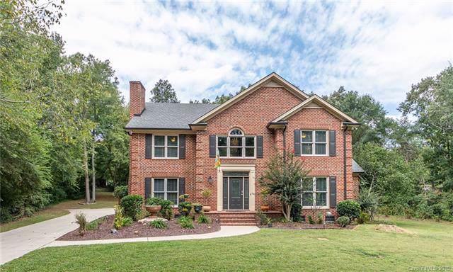 1621 Chadmore Lane NW, Concord, NC 28027 (#3548634) :: Team Honeycutt