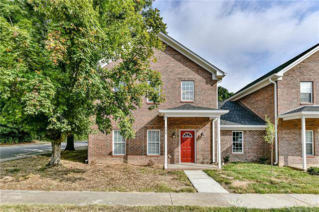 704 N Main Street, Mooresville, NC 28115 (#3548693) :: The Sarver Group