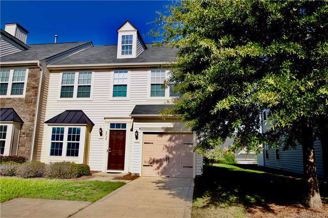 5735 Mossdale Lane, Charlotte, NC 28278 (#3548813) :: Besecker Homes Team