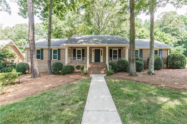 7232 Leaves Lane, Charlotte, NC 28213 (#3548820) :: Robert Greene Real Estate, Inc.