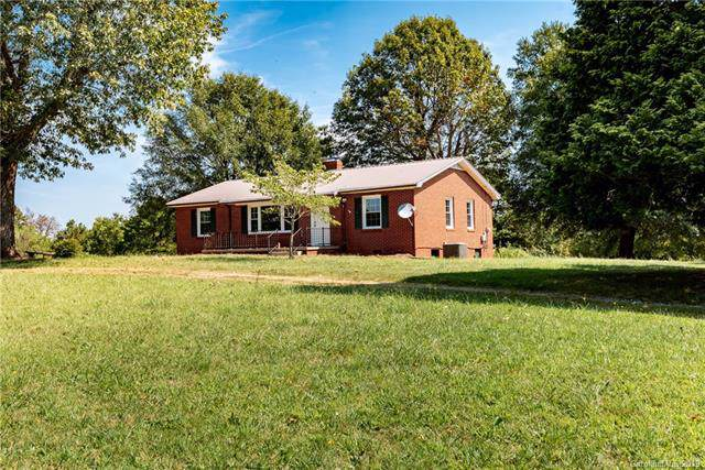 2705 Doc Pugh Road, Connelly Springs, NC 28612 (#3548942) :: The Andy Bovender Team