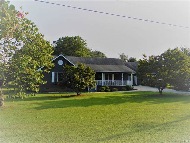 139 Fort Dobbs Road, Statesville, NC 28625 (#3548979) :: LePage Johnson Realty Group, LLC