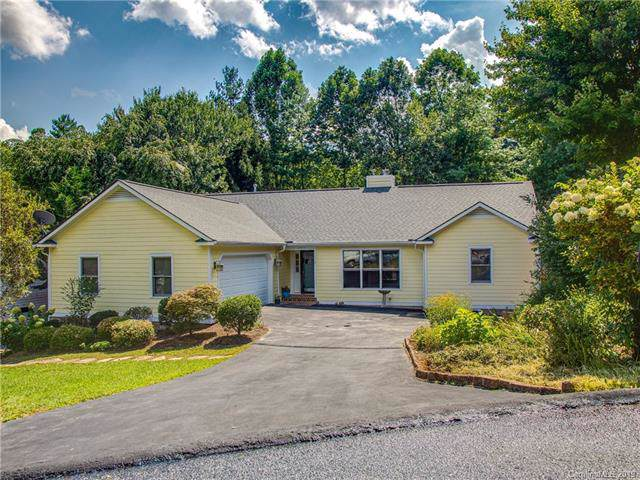 2971 Middleton Place, Hendersonville, NC 28791 (#3548994) :: Carlyle Properties