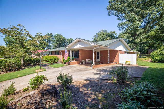 302 Wilson Street, Morganton, NC 28655 (#3549130) :: Robert Greene Real Estate, Inc.