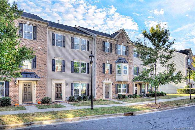 9843 Kings Parade Boulevard, Charlotte, NC 28273 (MLS #3549231) :: RE/MAX Journey