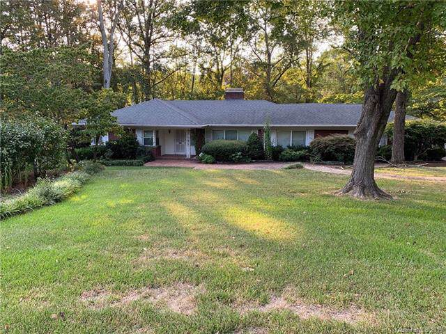 6000 Lansing Drive, Charlotte, NC 28270 (#3549305) :: Robert Greene Real Estate, Inc.
