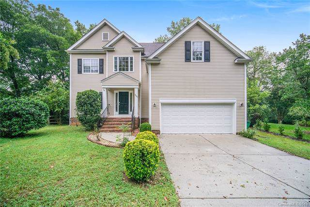 9000 Warbler Court, Charlotte, NC 28210 (#3549360) :: Keller Williams South Park