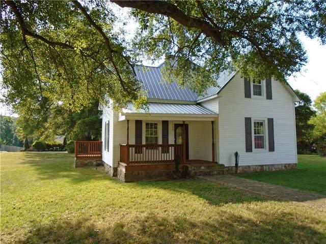 136 Mathewson Street, Hudson, NC 28638 (#3549399) :: Robert Greene Real Estate, Inc.