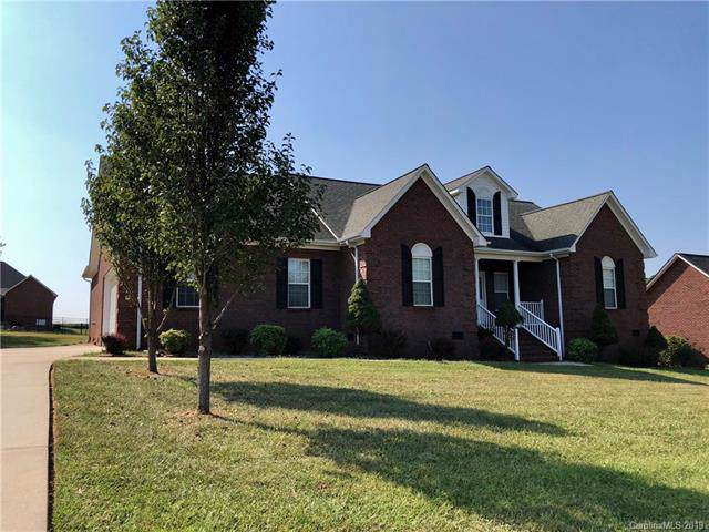 2940 Weatherfield Drive, Lincolnton, NC 28092 (#3549483) :: Homes Charlotte