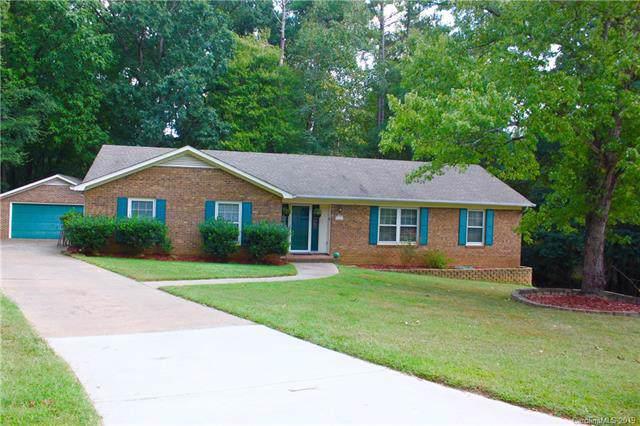 8121 Red Cap Lane, Charlotte, NC 28270 (#3549630) :: Cloninger Properties