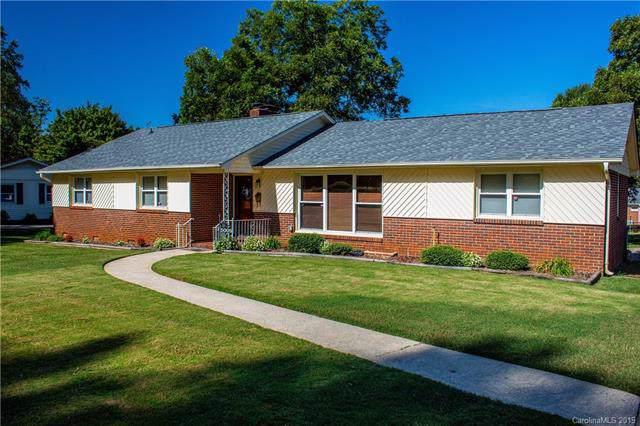 5009 Tewkesbury Road, Charlotte, NC 28269 (#3549643) :: Robert Greene Real Estate, Inc.