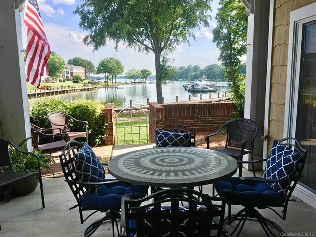 18613 Harborside Drive, Cornelius, NC 28031 (#3549686) :: Cloninger Properties
