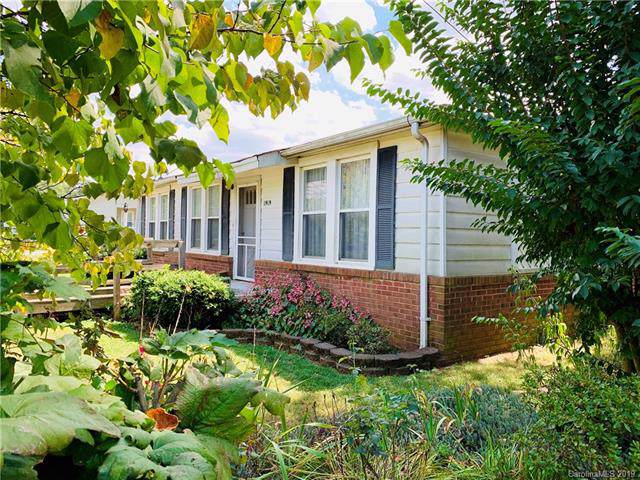 1919 Old Hickory Grove Road, Mount Holly, NC 28120 (#3549808) :: Carver Pressley, REALTORS®