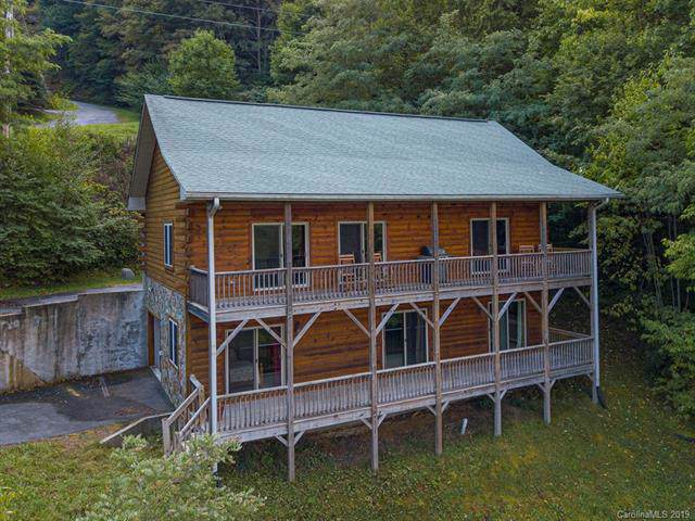 938 Trickle Creek Road, Waynesville, NC 28785 (#3549862) :: Carver Pressley, REALTORS®