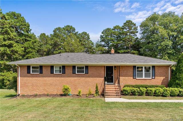 413 Fielding Road, Charlotte, NC 28214 (#3549905) :: LePage Johnson Realty Group, LLC