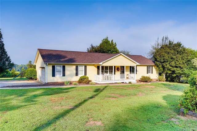 125 Pear Tree Road, Troutman, NC 28166 (#3549916) :: The Andy Bovender Team