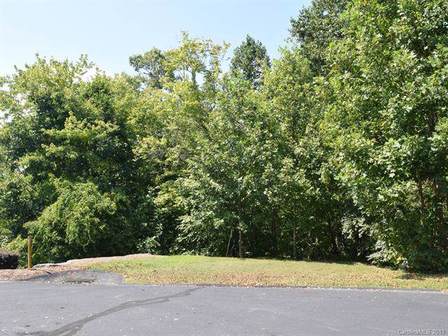 324 Mountain Crest Drive #38, Hendersonville, NC 28739 (#3550005) :: LePage Johnson Realty Group, LLC