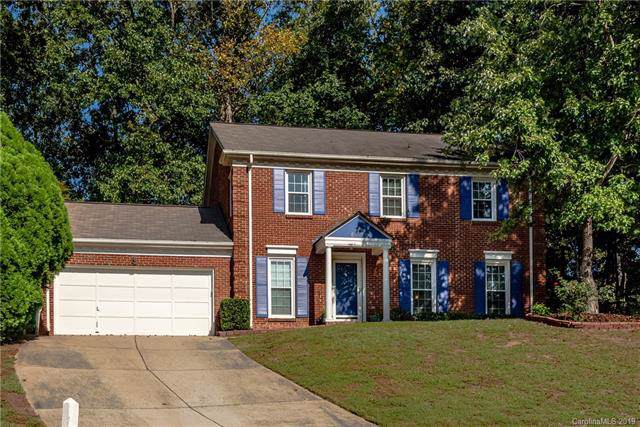 6200 Oak Glen Lane, Charlotte, NC 28277 (#3550031) :: Miller Realty Group