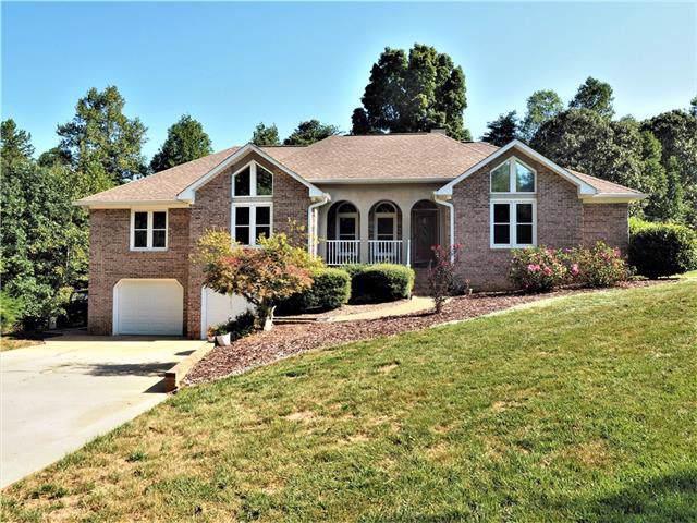 4960 Elmhurst Drive NE, Hickory, NC 28601 (#3550061) :: Rinehart Realty