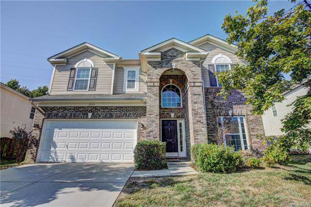 3519 Dominion Green Drive, Charlotte, NC 28269 (#3550095) :: Stephen Cooley Real Estate Group