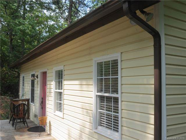 6191 Tommys Trail, Connelly Springs, NC 28612 (#3550139) :: LePage Johnson Realty Group, LLC