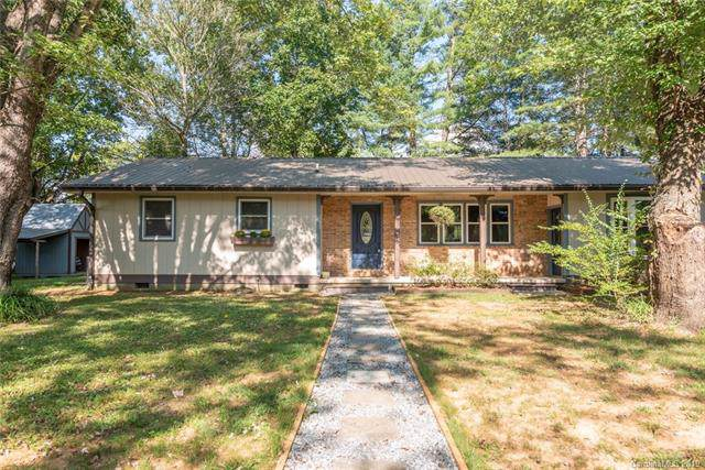 108 Meadow Lane, Brevard, NC 28712 (#3550209) :: Rinehart Realty