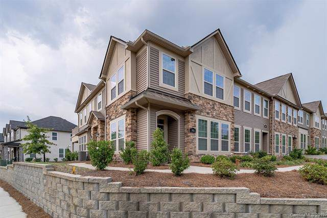 6862 Berewick Commons Parkway, Charlotte, NC 28278 (#3550250) :: LePage Johnson Realty Group, LLC