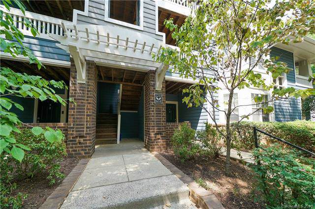 2210 Sumner Green Avenue O, Charlotte, NC 28203 (#3550288) :: SearchCharlotte.com