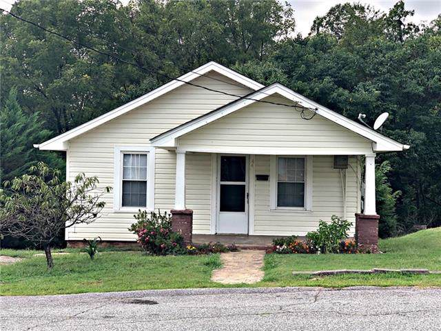 440 Howard Street, Lenoir, NC 28645 (#3550334) :: Washburn Real Estate