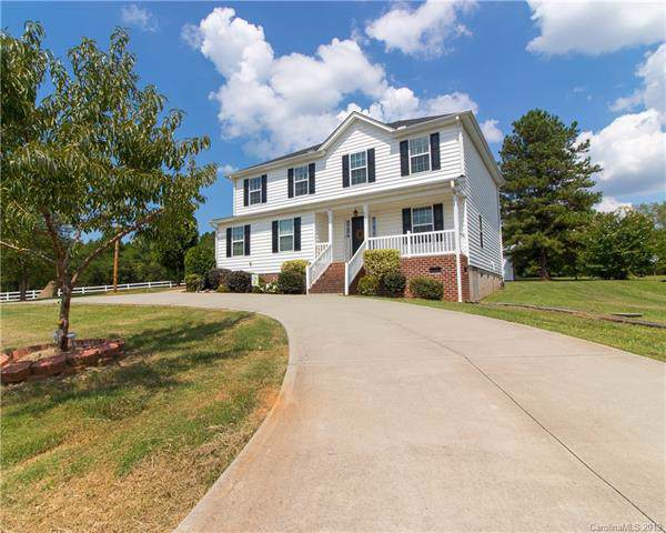 7121 Gilead Road, Huntersville, NC 28078 (#3550435) :: The Premier Team at RE/MAX Executive Realty