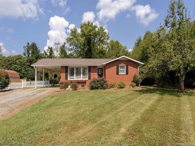 182 Etowah School Road, Etowah, NC 28729 (#3550487) :: Puma & Associates Realty Inc.