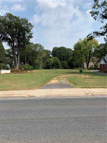 2329 Providence Road, Charlotte, NC 28211 (#3550532) :: Besecker Homes Team