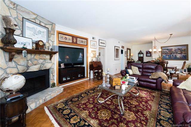 1016 Queens Road B, Charlotte, NC 28207 (#3550711) :: Odell Realty