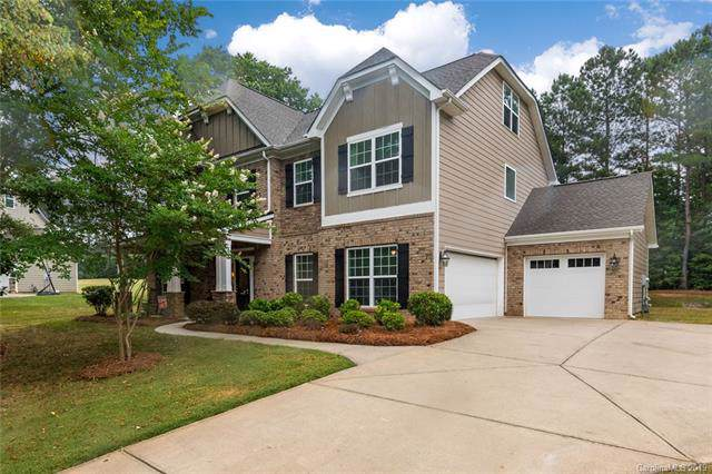 2507 Hamlet Court, Matthews, NC 28105 (#3550724) :: The Premier Team at RE/MAX Executive Realty