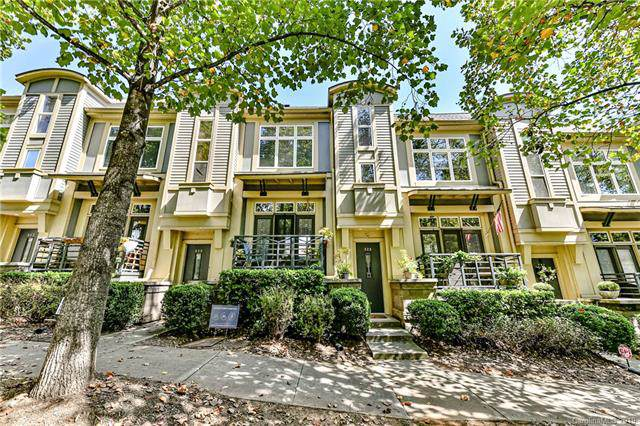 928 Garden District Drive, Charlotte, NC 28202 (#3550773) :: Charlotte Home Experts