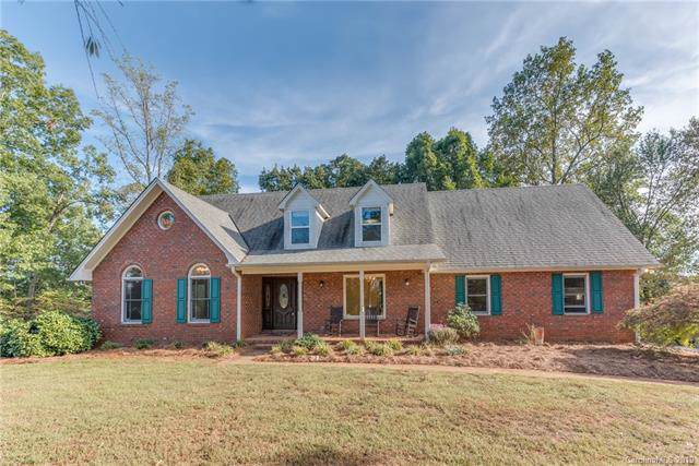 105 Seven Oaks Lane, Rutherfordton, NC 28139 (#3550920) :: Keller Williams Professionals