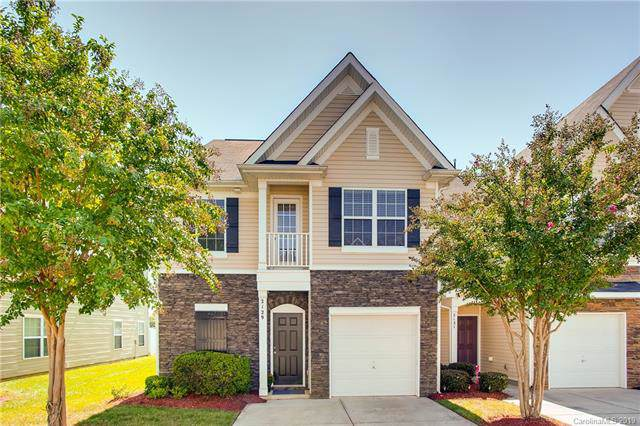 2129 Shady Pond Drive, Clover, SC 29710 (#3550960) :: Charlotte Home Experts