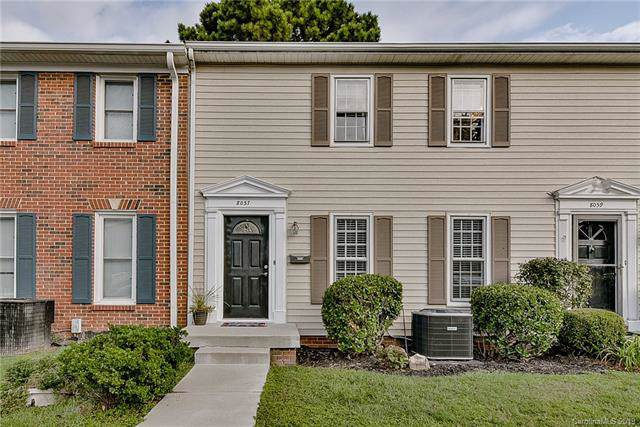 8057 Regent Park Lane, Charlotte, NC 28210 (#3551518) :: Miller Realty Group