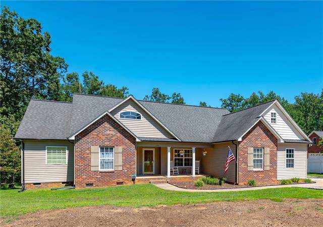 1653 Ivey Church Road, Maiden, NC 28650 (#3551530) :: Cloninger Properties